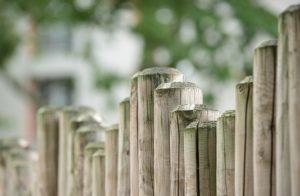 Pixabay-2017.03.30-Fence-300x196.jpg